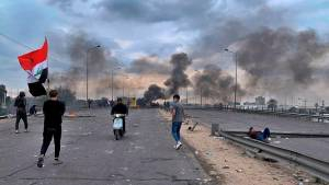 IRAQI SECURITY FORCES ADVANCE ON BAGHDAD SQUARE, SHOOT AT PROTESTERS: REUTERS