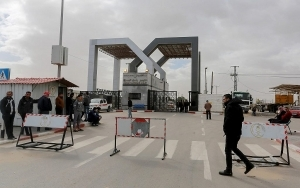 Hamas says Egypt will Reopen Gaza Border Crossing, as Pressure Builds