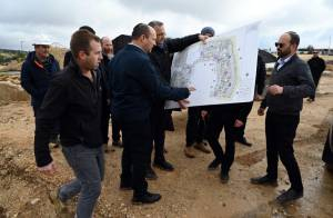 BENNETT ADVANCES 1,800 NEW SETTLER HOMES, SAYS WON'T GIVE LAND TO ARABS
