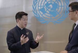 100 NGOs Urge WHO to Remove China TV's James Chau as 'Goodwill Ambassador' - UN Watch
