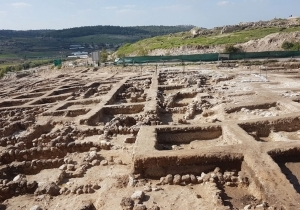 ANCIENT CITY AROUSES CONTROVERSY IN BEIT SHEMESH