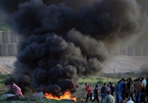 PALESTINIANS CALL FOR MASS GAZA BORDER PROTESTS ON SATURDAY ...by Khaled Abu Toameh