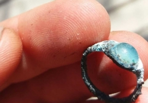 TWO THOUSAND YEAR OLD RING FOUND IN THE CITY OF DAVID