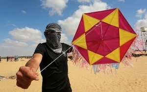 Hamas Renews Funding for Incendiary Kite Units Ahead of Expected Escalation