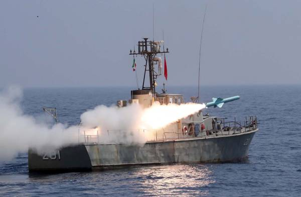 IRAN FIRED MISSILE AT ISRAELI SHIP IN ARABIAN SEA -REPORT