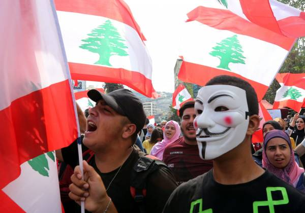 LEBANON PM HARIRI AGREES TO A REFORM PACKAGE TO RESOLVE ECONOMIC CRISIS
