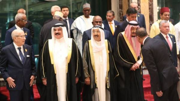 TINY BAHRAIN MUST BALANCE GULF STATE SENTIMENTS OVER U.S. PEACE PLAN ... by Seth J. Frantzman