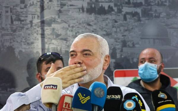 HAMAS LEADER: EGYPT MEDIATING POSSIBLE PRISONER SWAP WITH ISRAEL