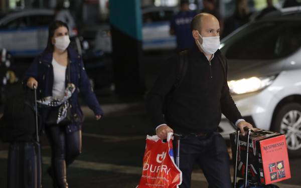 IN UNPRECEDENTED MOVE, ISRAELIS ADVISED TO AVOID ALL TRAVEL ABROAD OVER VIRUS