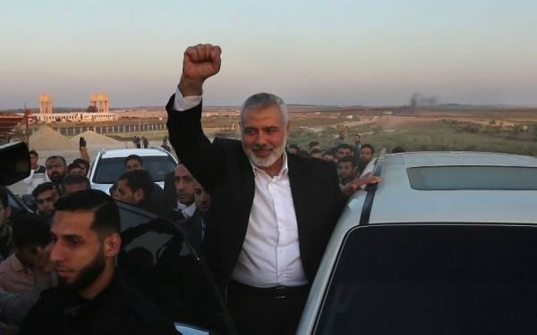 PA SAYS HAMAS HAS COMMITTED TO PEACEFUL RESISTANCE, TWO STATES - REPORT