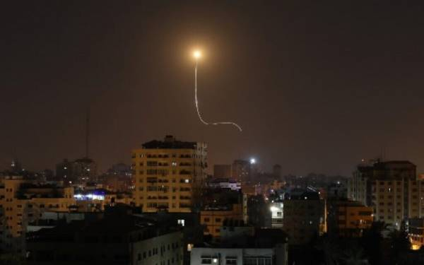 Three Rockets Fired From Gaza, Newborn Hurt in Rush to Shelter