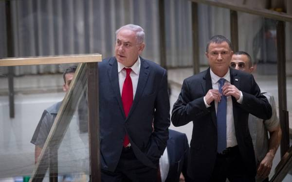 Edelstein: Netanyahu Prepared to Take Leave of Absence if Indicted
